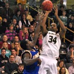 Top-10 stunner: Oakland knocks off No. 7 Tennessee